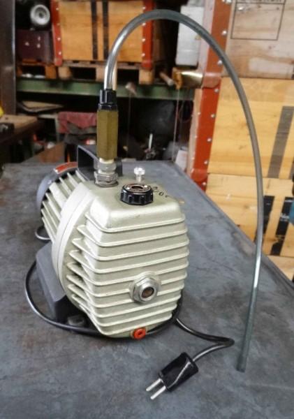 REFCO RS-4 Vakuumpumpe