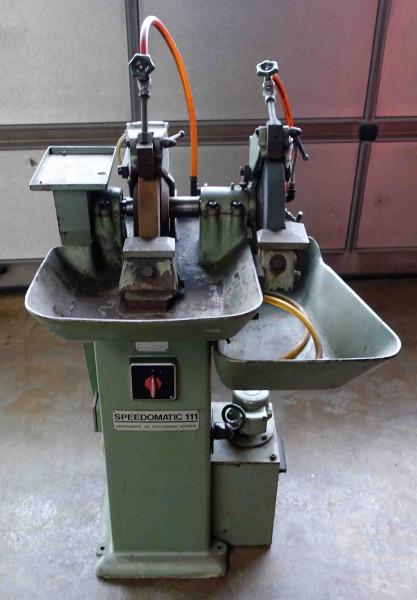Speedomatic 111 D Schleifmaschine
